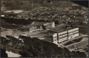 View over Wellington East Girls College and Wellington College, 1931. EP-Education-Secondary Schools-Wellington College-12. The Dominion Post Collection, Alexander Turnbull Library